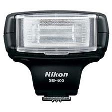 Nikon SB-400 contre Nikon SB-600